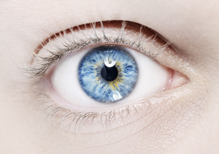 Na czym polega odwarstwienie siatkówki oka?